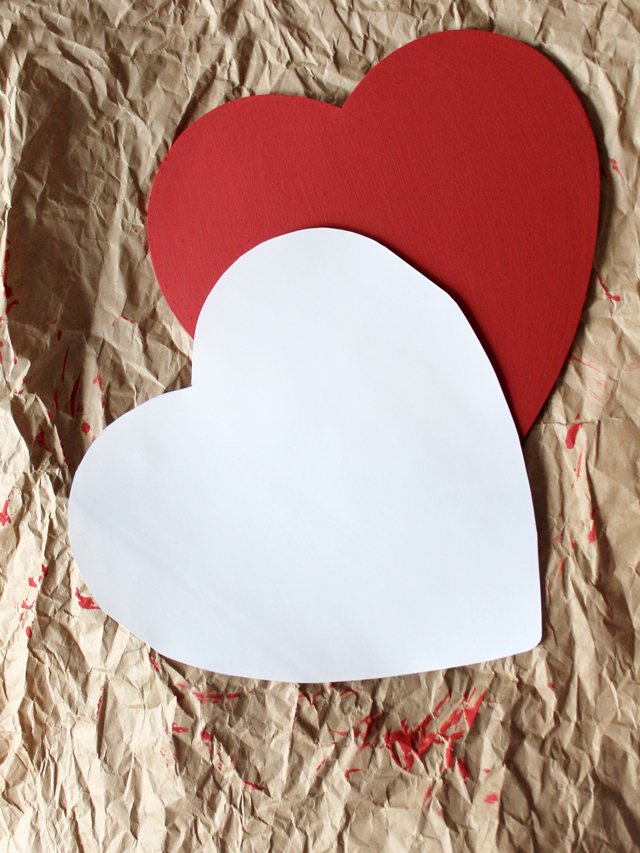 making a valentine wooden heart decoration trace a pattern