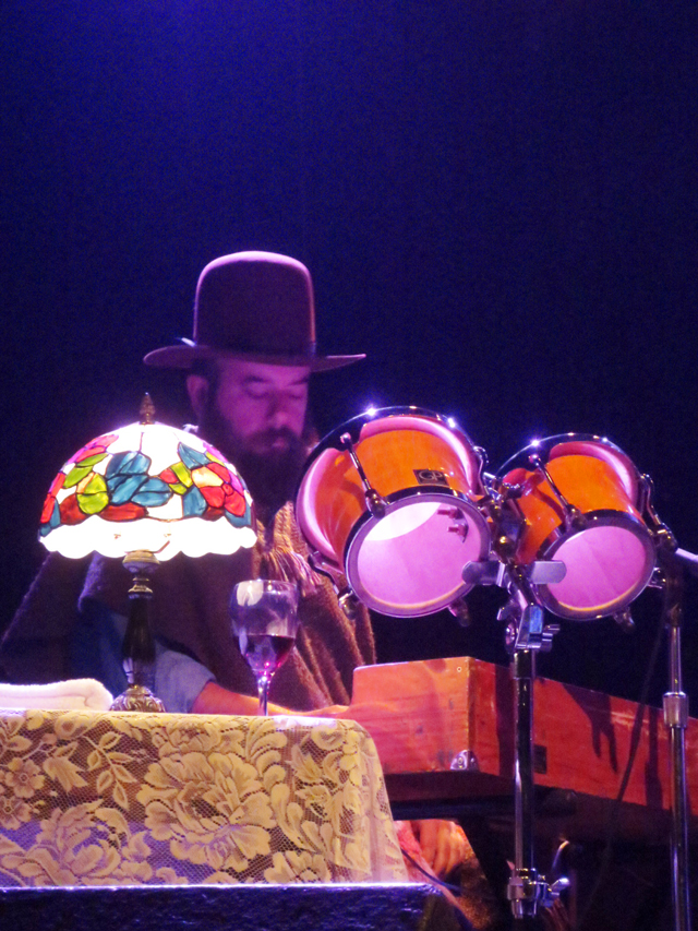 keyboard player whitehorse band at the phoenix cmw