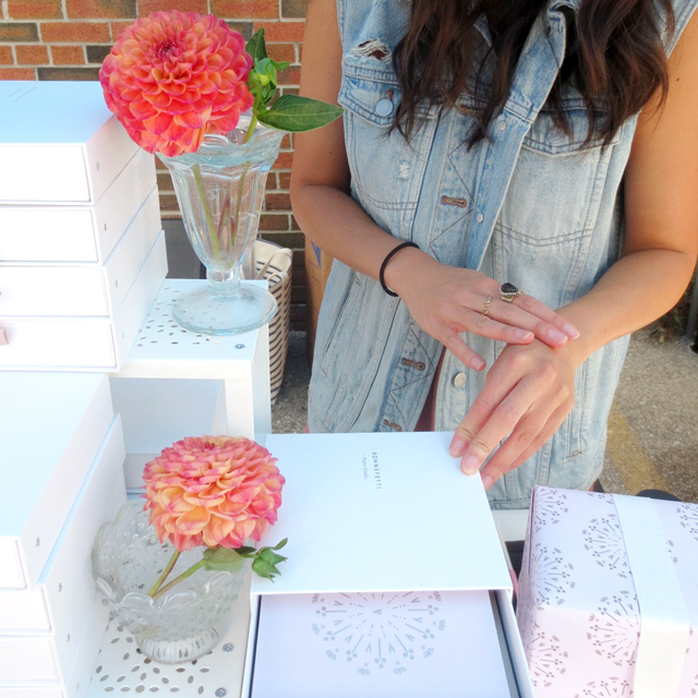 artisan greeting cards and gift wrap by bonnefetti toronto at parkdale flea