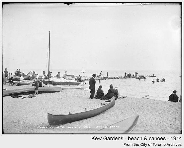 toronto historic photograph Kew Gardens beach canoes 1914