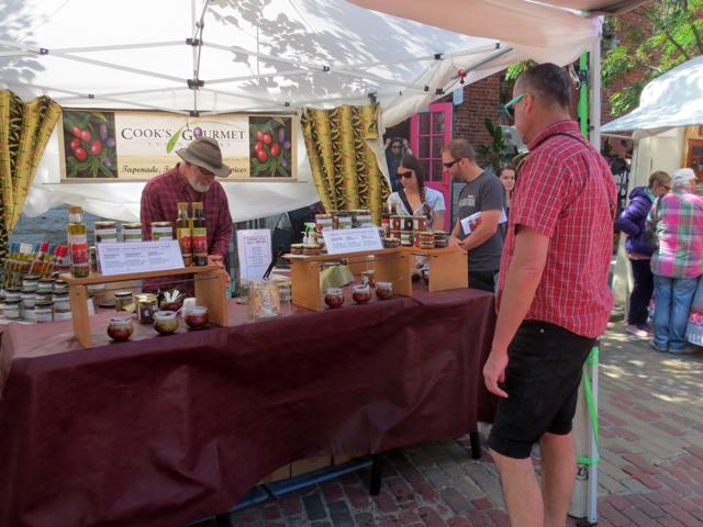 cooks gourmet at artfest ontario in distillery district toronto