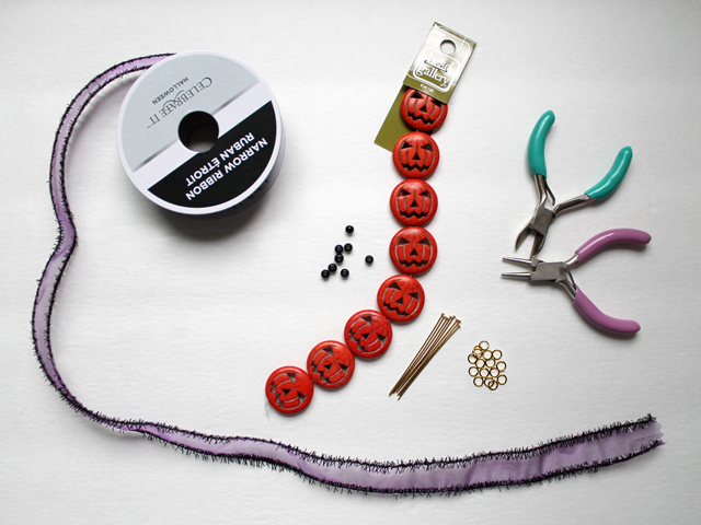 supplies for easy beading project halloween
