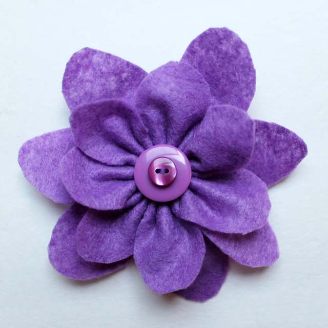 how to make a felt flower gift bow diy gift wrapping topper