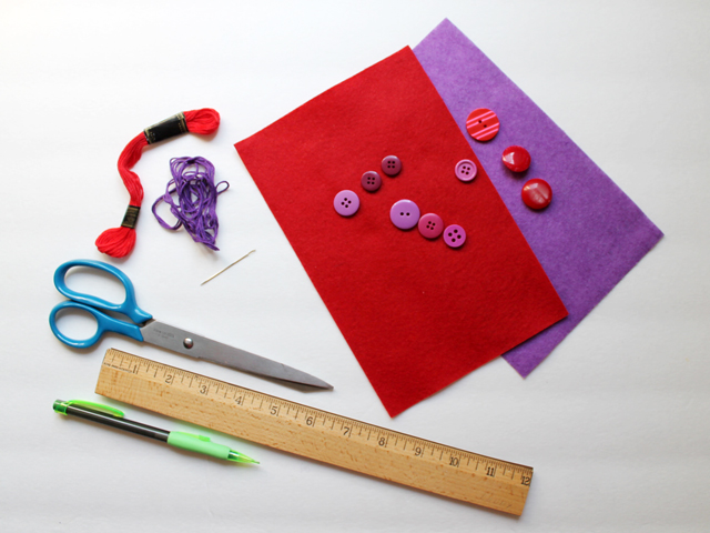 supplies to make felt flower gift toppers