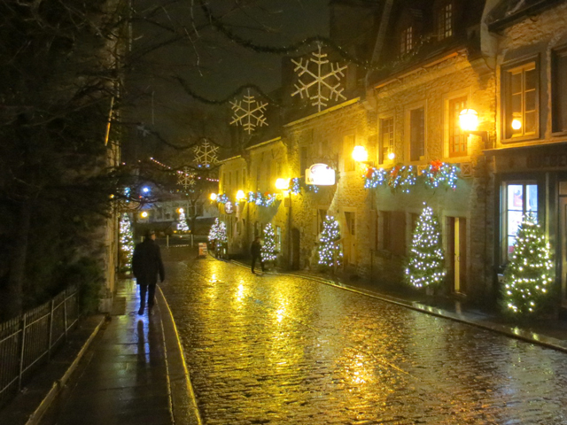 old quebec city at night christmas decorations