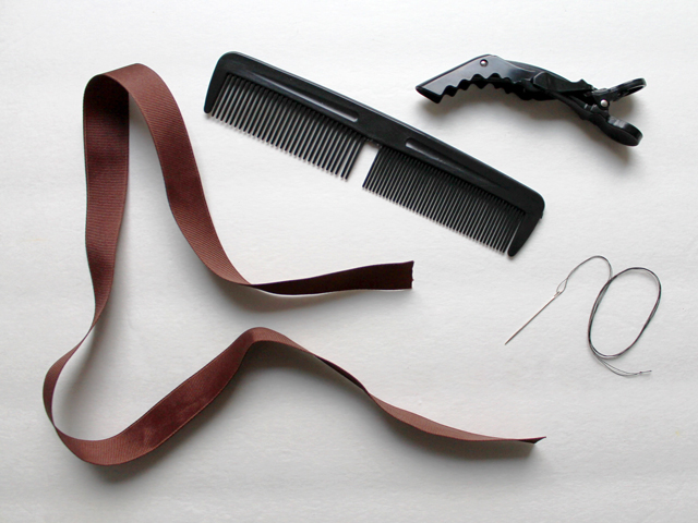 supplies for making ribbon bow with a comb