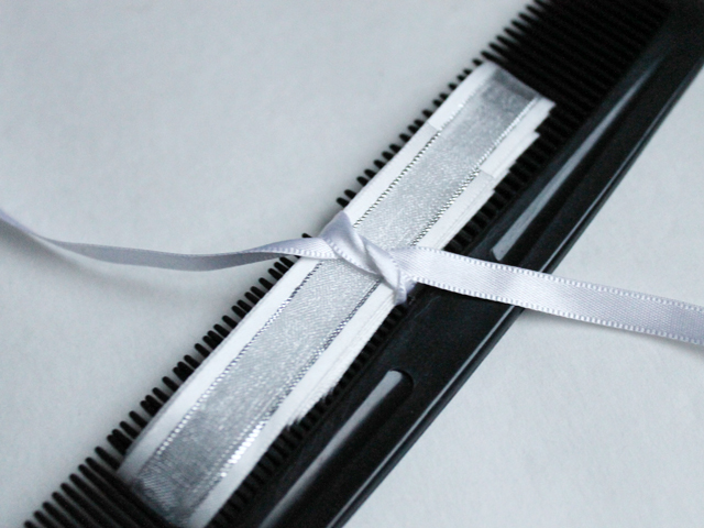 tie with thin ribbon