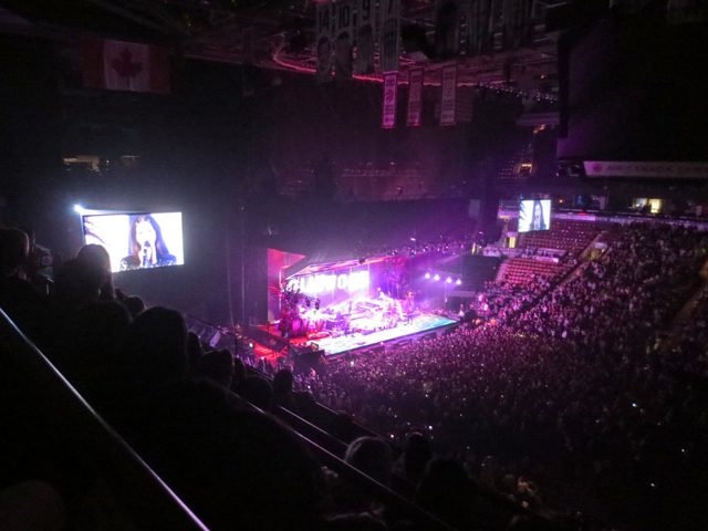 air canada centre toronto during concert lana del rey winter 2018