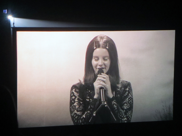 lana del rey in toronto big video screen air canada centre