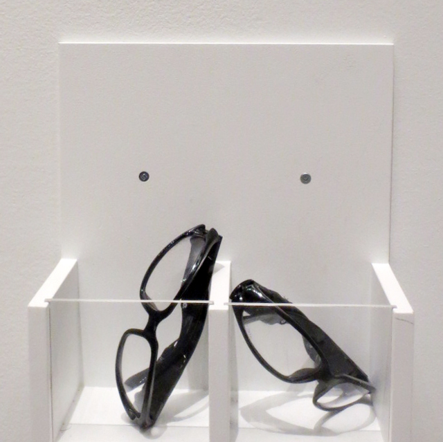 special glasses to view retro reflective prints by hank willis thomas as ago toronto aimia photography prize