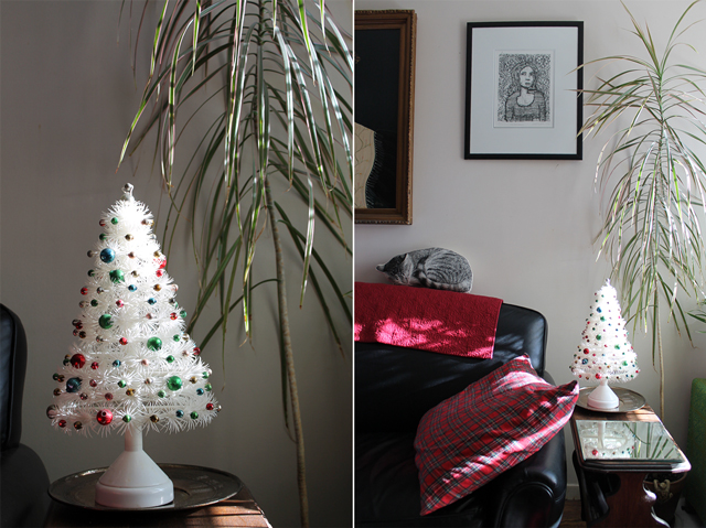 vintage christmas tree decoration music box