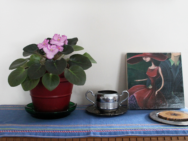 african violet with painting by jeff szuc