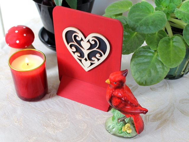 how to make a valentine decoration easy enough for children