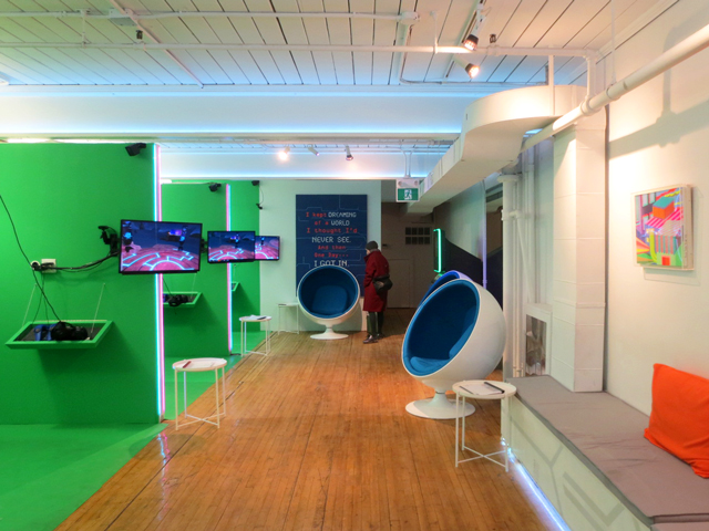inside house of vr queen street west toronto virtual reality experience