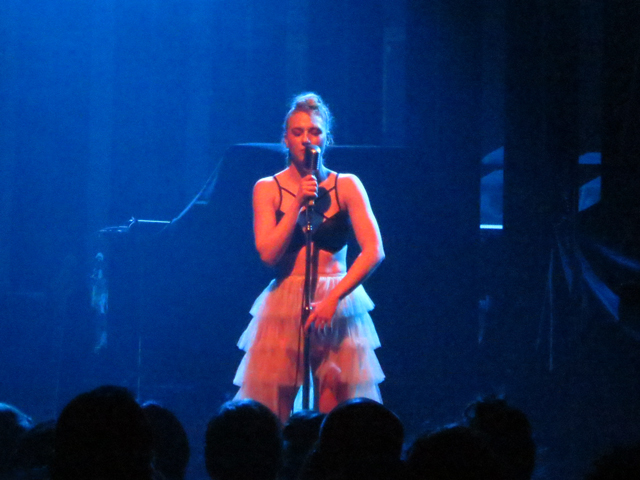 kat cunning performing in toronto danforth music hall on tour with lp