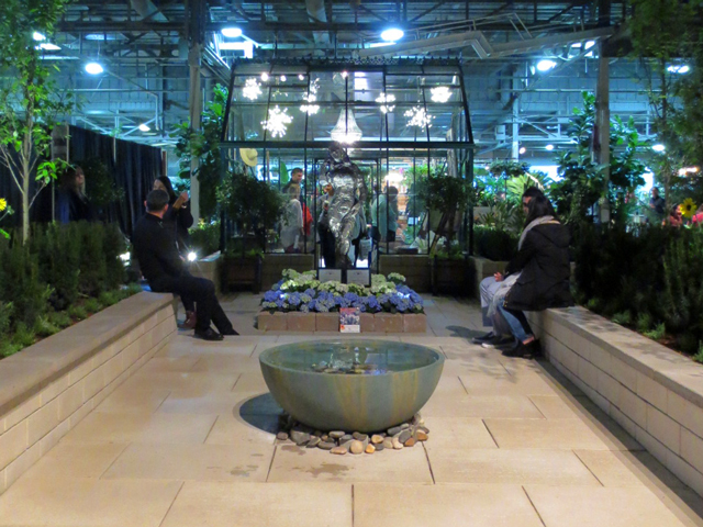 midnight in paris garden at canada blooms garden show toronto