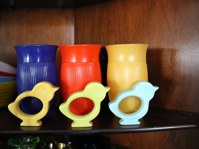 chick napkin rings and vintage coloured glasses