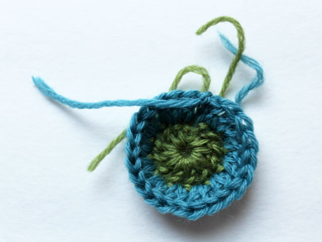 crocheting small flowers after second round