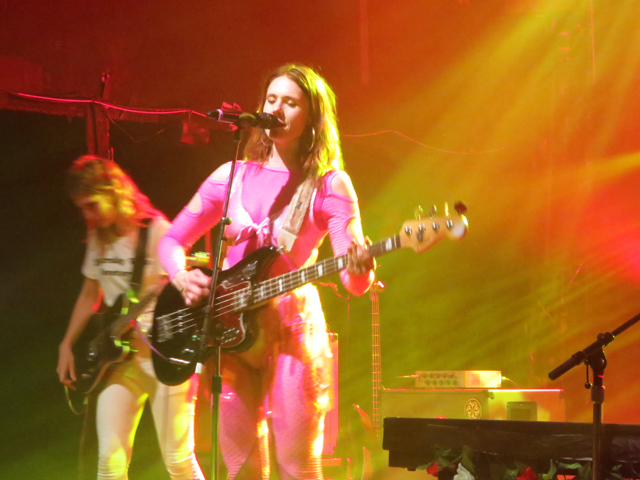 kate nash playing bass guitar mod club toronto