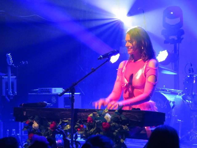 kate nash playing piano toronto mod club spring 2018