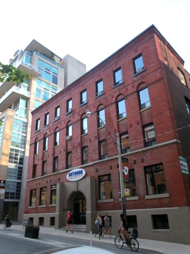 historic building toronto 372 richmond street west near spadina