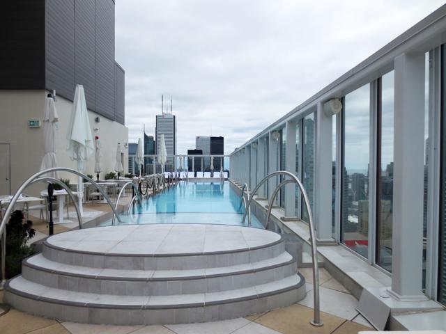 rooftop pool bisha hotel toronto