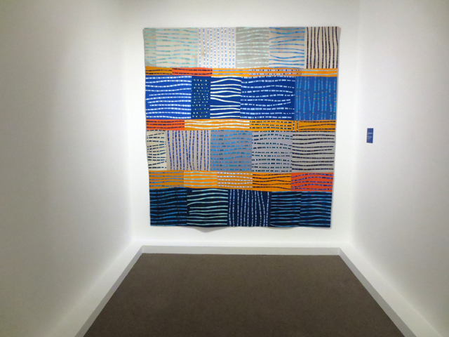 contemporary quilt by regula emmenegger on display in toronto at textile museum