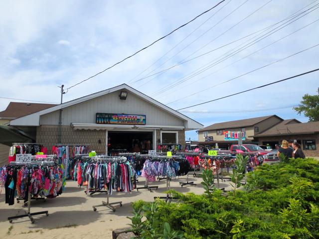 bikini paradise shop on main street sauble beach