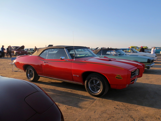 checking out classic cars sauble beach ontario
