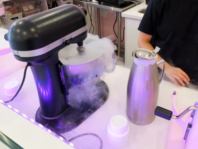 fresh ice cream being made with liquid nitrogen at lab sense on yonge street toronto