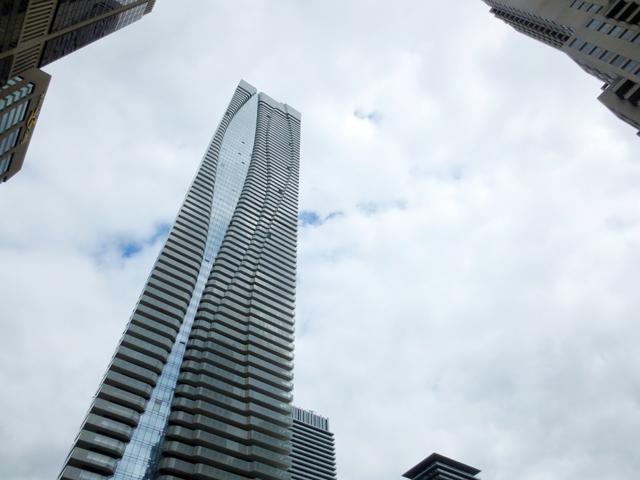 one bloor street east condominium sixth tallest building in toronto