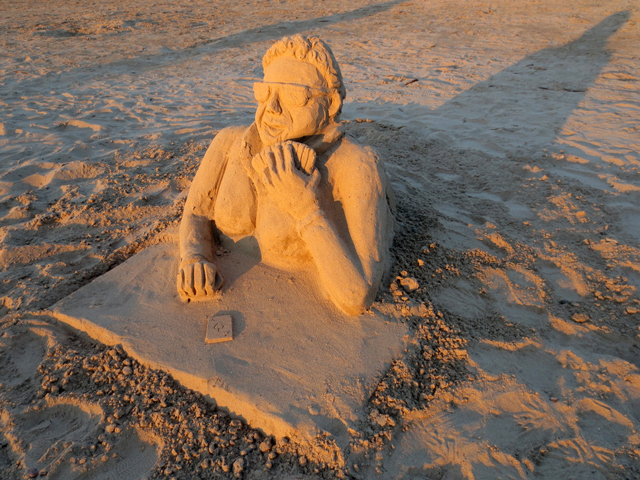 sand sculpture sauble beach ontario