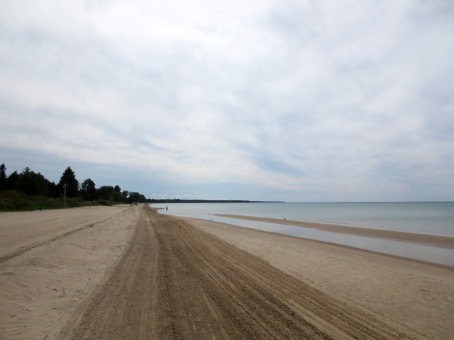 sauble beach in september looking south