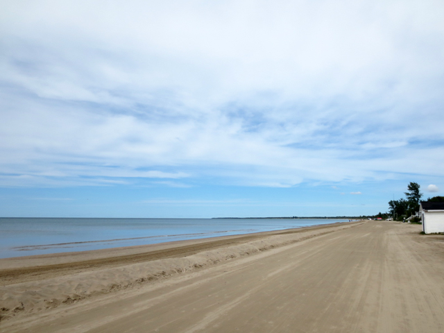 sauble beach south side looking north