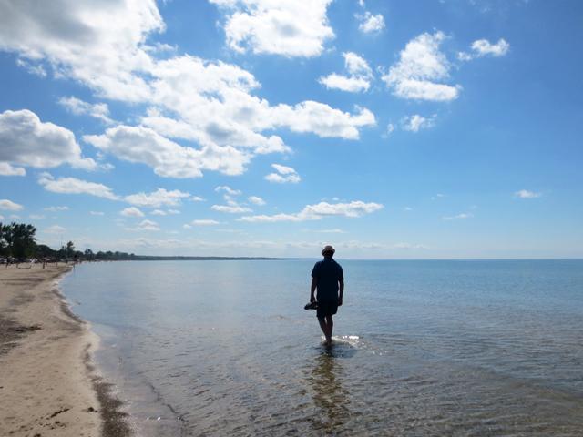 walking along sauble beach