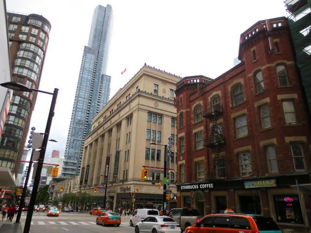 yonge street and college street toronto