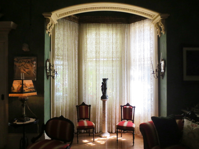 bay window in living room spadina house museum toronto