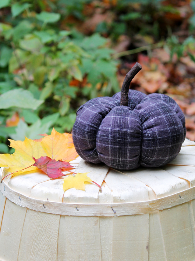 how to make a pumkin from old fabric cotton flannel reuse autumn crafting