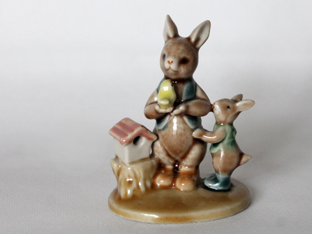 rabbits and bird figurine wade or goebel found at thrift store