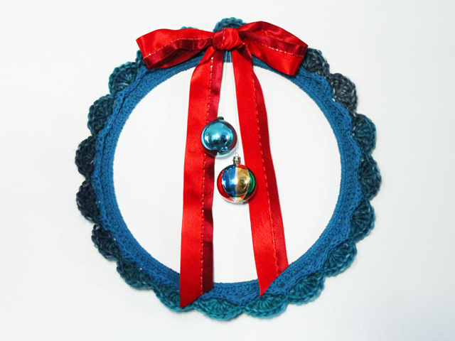 crocheted wreath christmas handmade decor toronto diy blog
