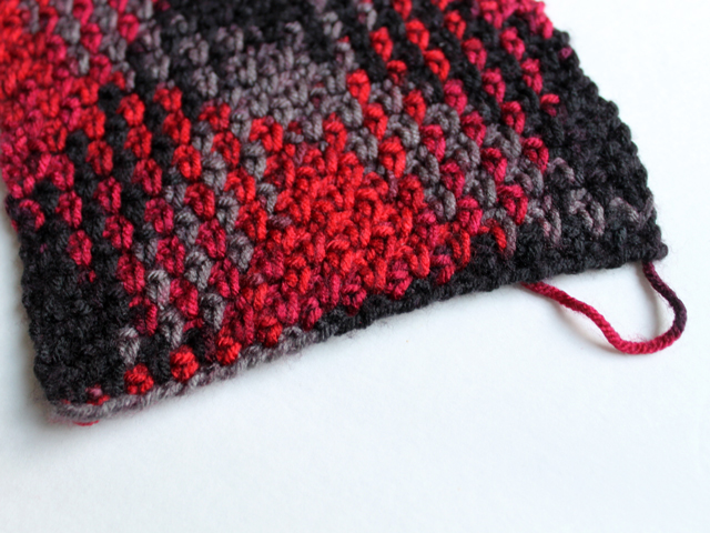 how to begin loops and threads pooling plaid crochet yarn red hot colourway