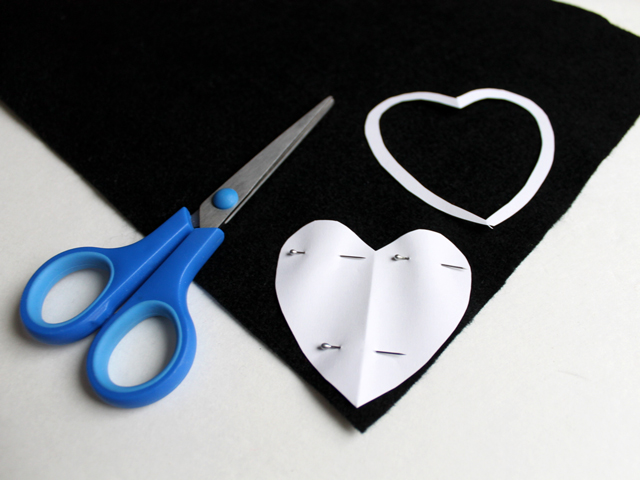 how to make felt backing for needle point heart