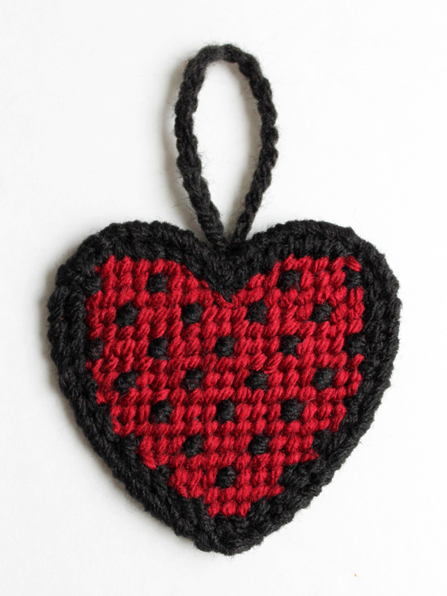 one way to complete heart shaped plastic canvas by loops and threads from michaels
