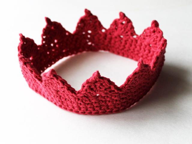 crocheted crown