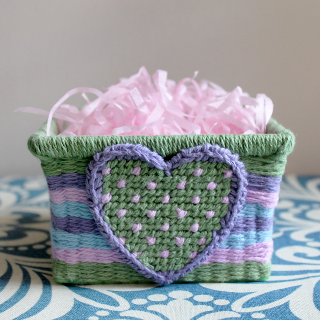 how to make easter decoration basket with a heart on it