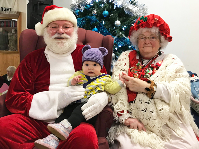 j with santa and mrs claus