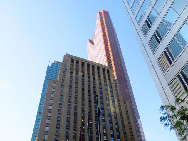 buildings in toronto financial district