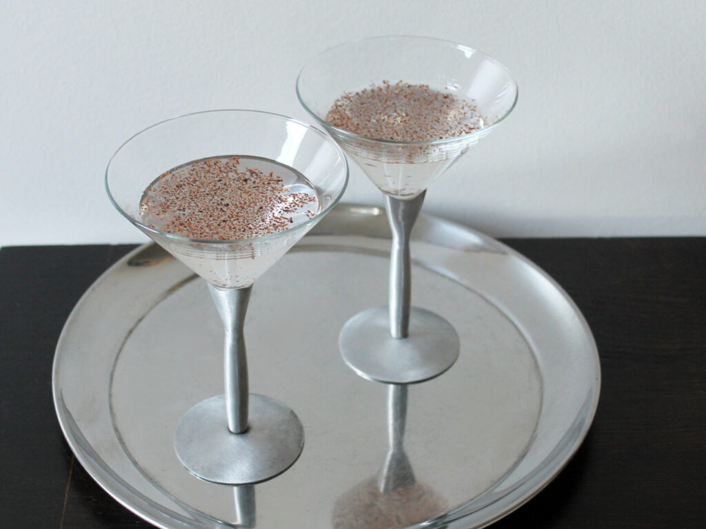 how to make a chocolate martini four ways plain orange mint or cinnamon 1024x768