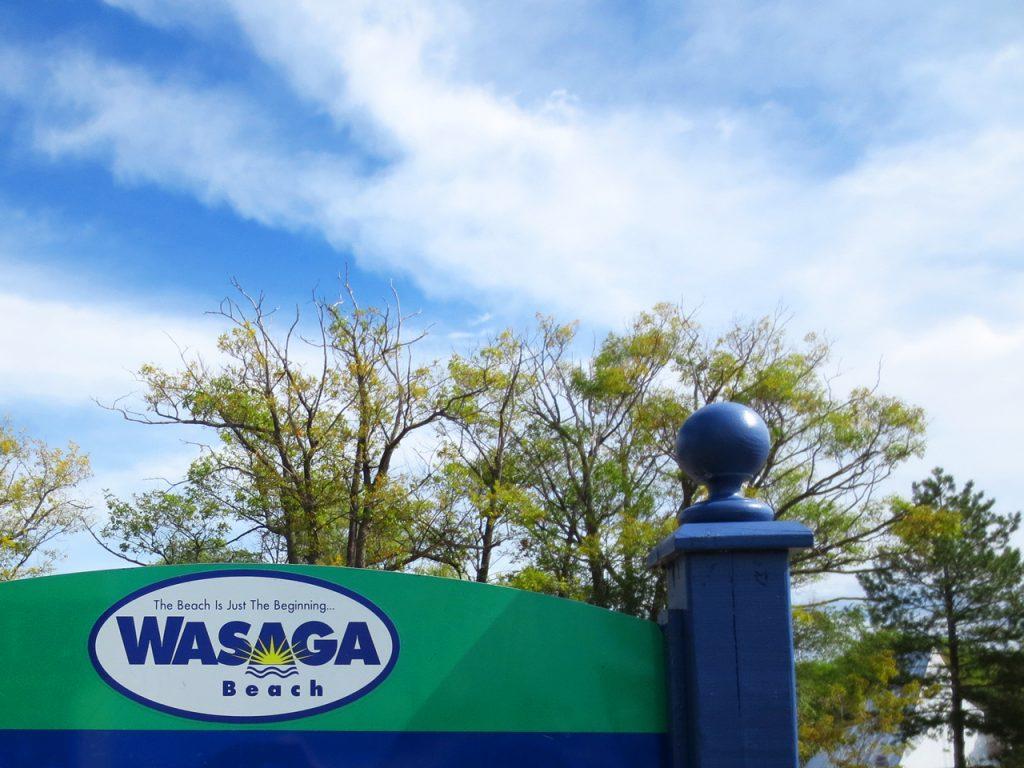 holiday at wasaga beach ontario canada 1024x768